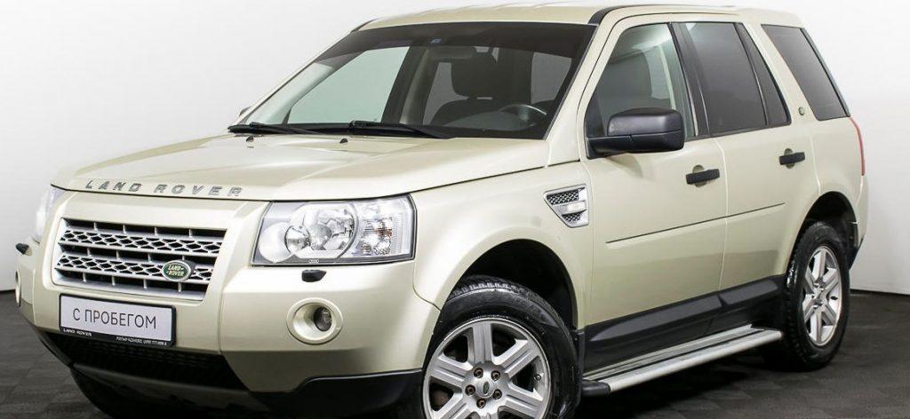 Полноприводной кроссовер Land Rover Freelander 2